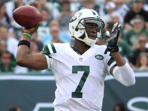 Geno Smith has not played like the first round pick he was projected to be (Via USA Today)