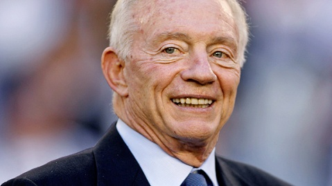 Jerry Jones can prove to be a distraction to the Cowboys this season (Via AP)