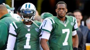 Geno Smith was replaced in the first quarter by Michael Vick (via AP)