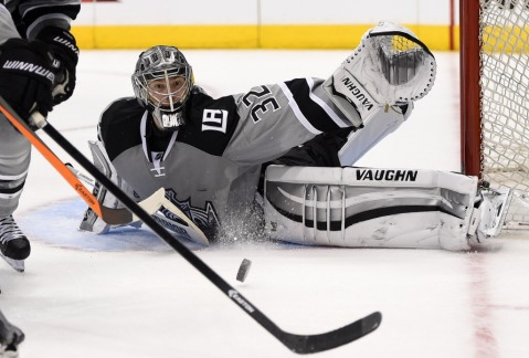 Jonathan Quick is one of the league's top goaltenders (Via AP)